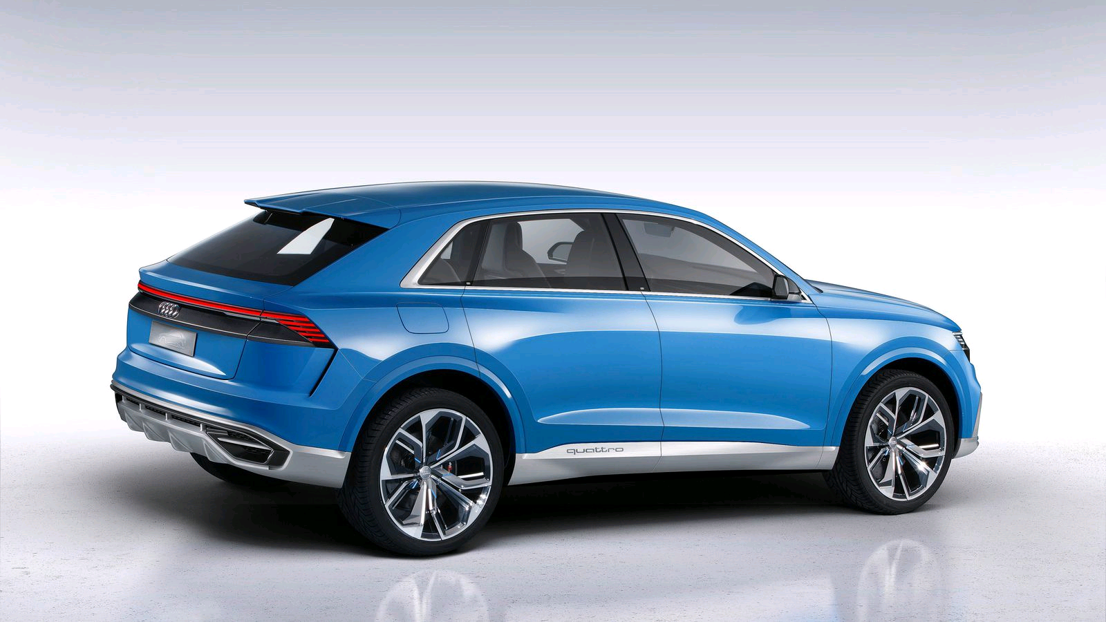 new audi q8 concept unveiled audi 39 s premium suv car. Black Bedroom Furniture Sets. Home Design Ideas